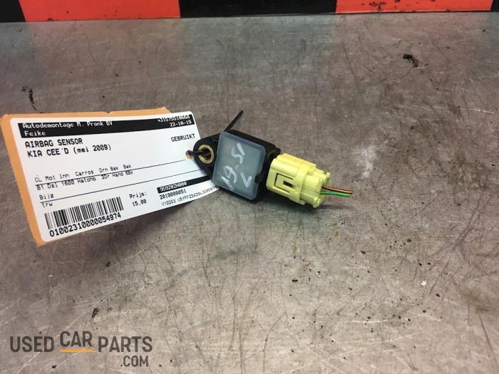 Airbag Sensor - Kia Cee'D - O54974