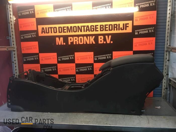 Middenconsoles - Renault Megane - O57008