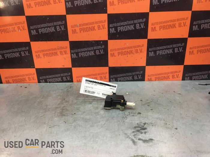 Motor Centrale Deurvergrendeling - Volkswagen Caddy - O58514