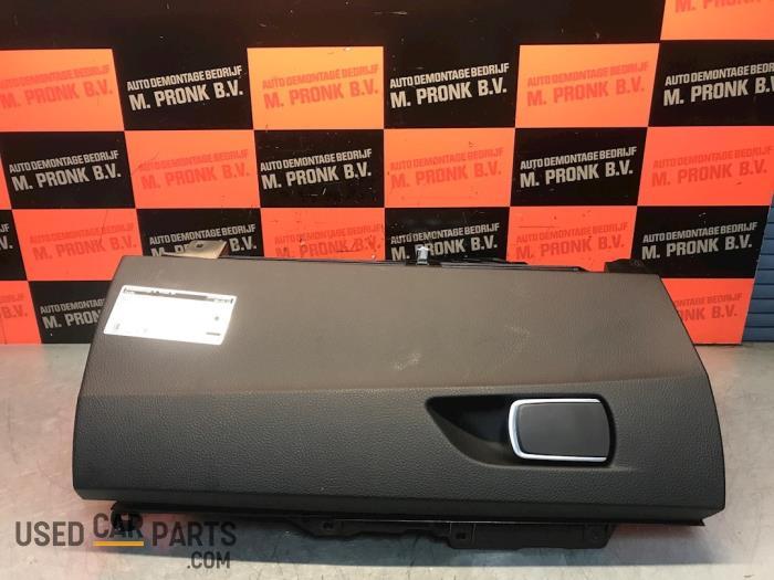 Dashboardkastje - BMW 1-Serie - O58843
