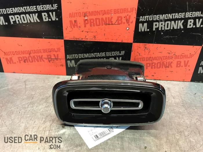 Luchtrooster Dashboard - Volvo XC40 - O60779