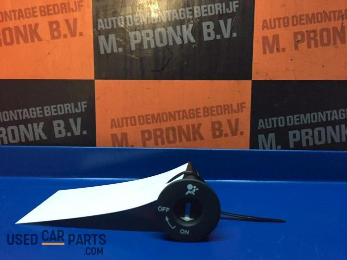 Airbag schakelaar - Nissan Note - O63611