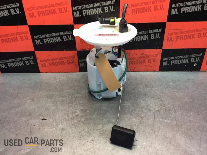 Brandstofpomp Elektrisch - Mazda 3. - O64082