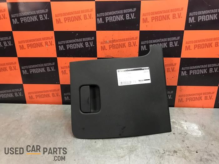 Dashboardkastje - Volkswagen Passat - O65508