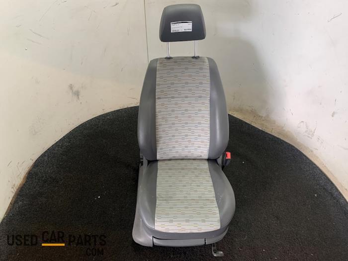 Stoel rechts - Volkswagen Caddy - O66883