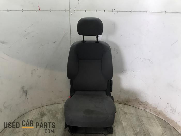Stoel links - Peugeot Partner - O70128