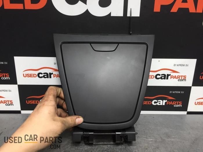 Dashboardkastje - Renault Captur - O70264