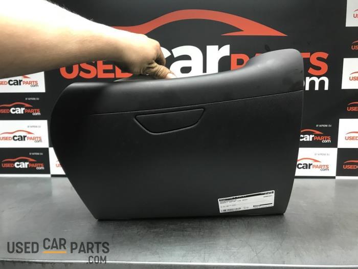 Dashboardkastje - Renault Captur - O70317