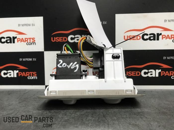Kachel Bedieningspaneel - Renault Trafic - O70722