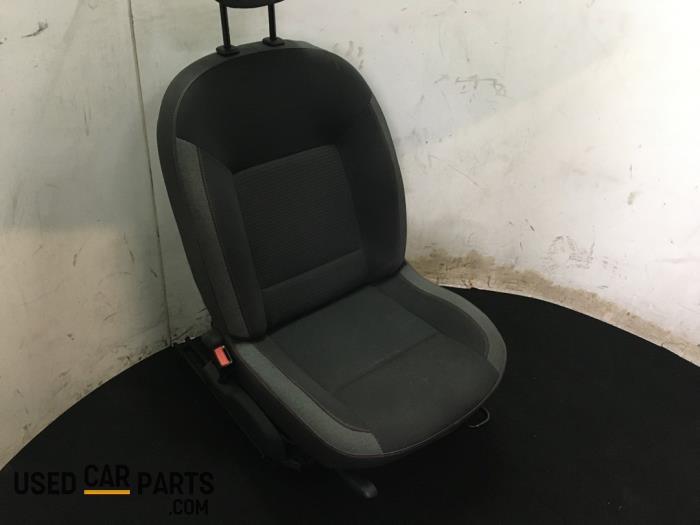 Stoel links - Renault Twingo - O70839
