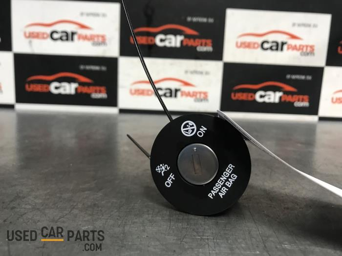 Airbag Slot - Hyundai I30 - O74502