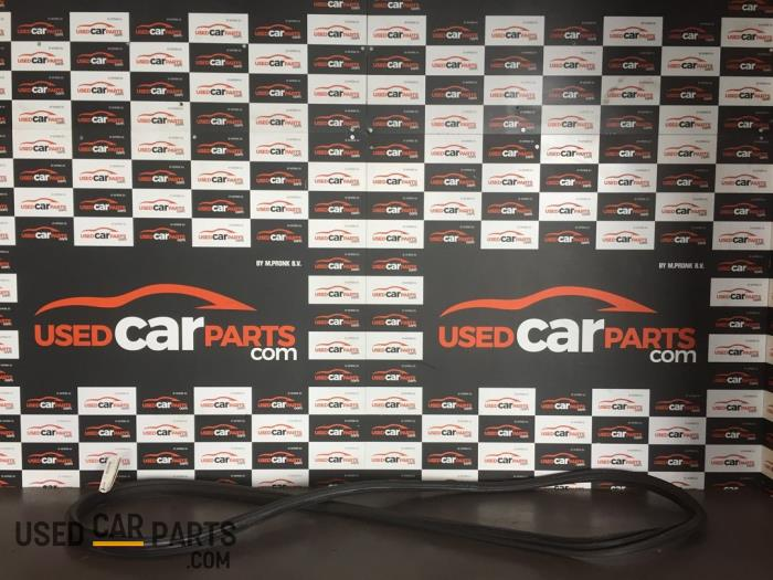 Portierrubber 2Deurs links - Mercedes C-Klasse - O78410