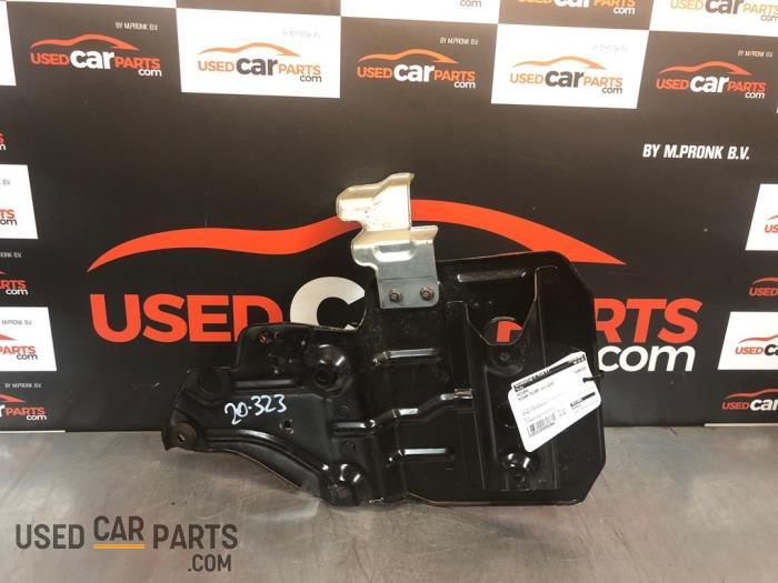 Accubak - Nissan Pulsar - O82664