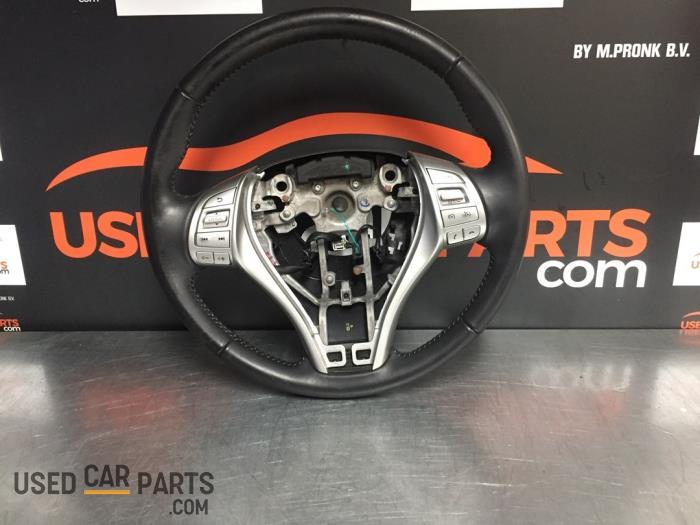 Stuurwiel - Nissan Pulsar - O83130