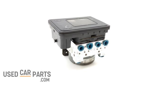 ABS Pomp - Ford Tourneo Courier - O84356