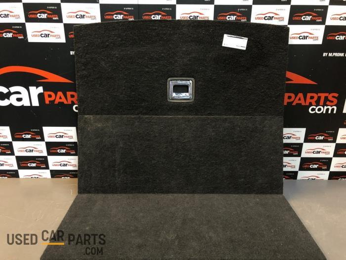 Vloerplaat bagageruimte - Volkswagen Passat - O86505