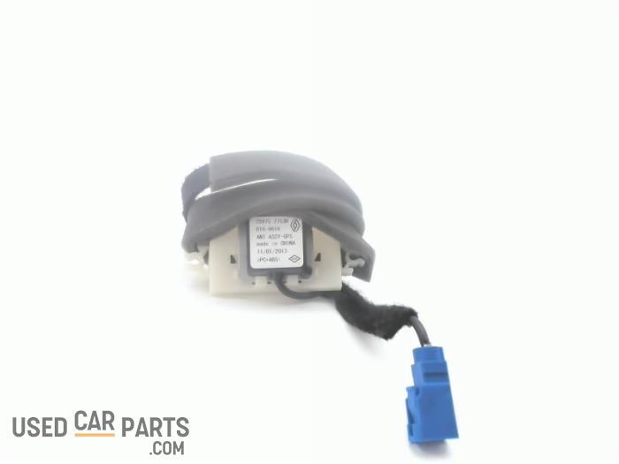 Antenne - Renault Clio - O92716
