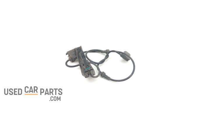 ABS Sensor - Mercedes C-Klasse - O93120