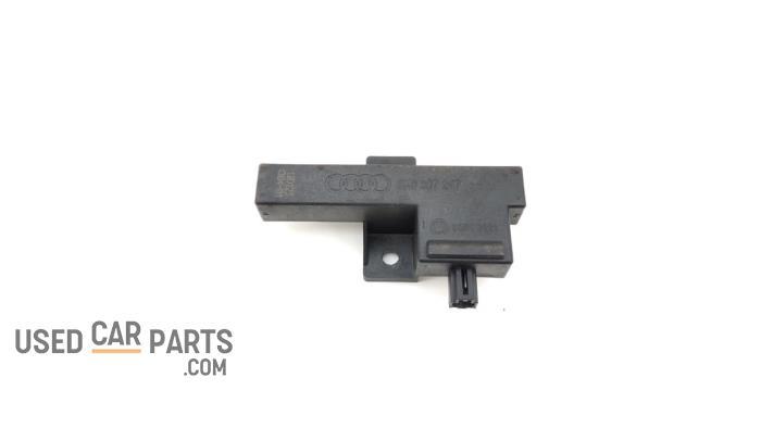 Keyless entry antenne - Audi A6 - O93625