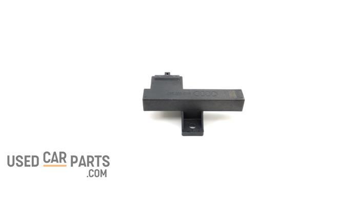 Keyless entry antenne - Audi A6 - O93745