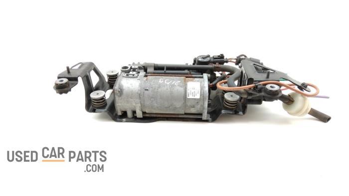 Luchtpomp (Vering) - Audi A8 - O94194