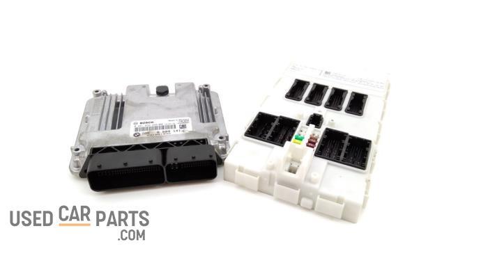 Kontaktslot + computer - BMW 1-Serie - O95501