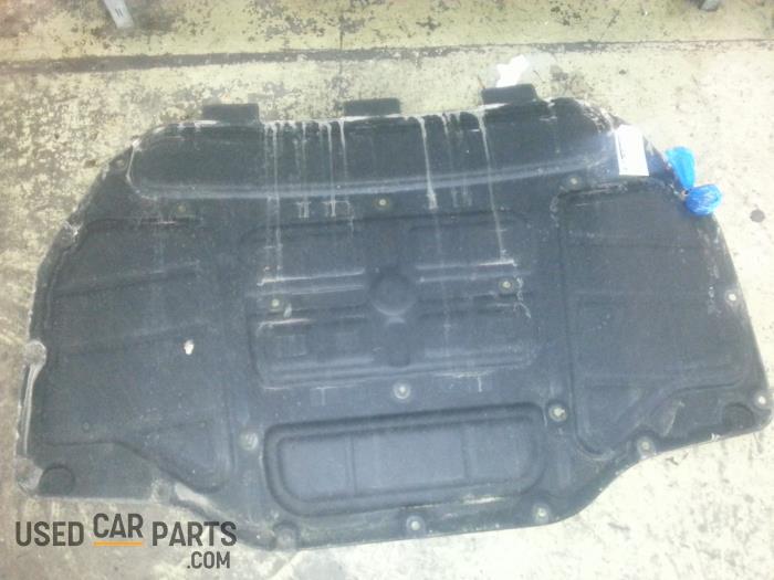 Engine protection panel - BMW 5-Serie - O43133