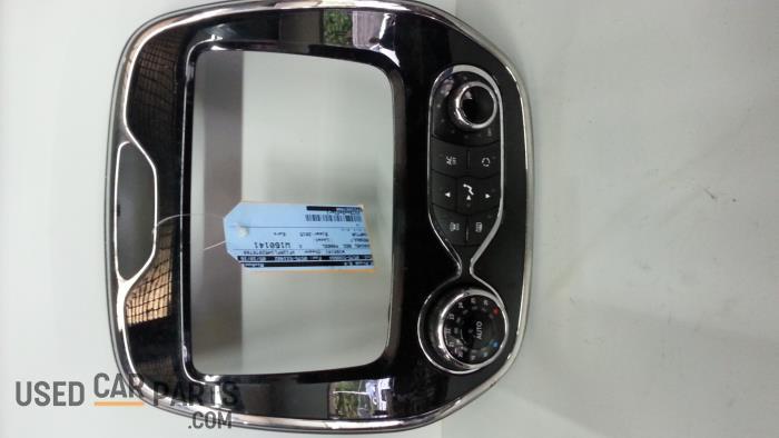 Kachel Bedieningspaneel - Renault Captur - O31791