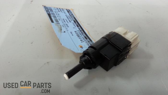 Remlicht Schakelaar - Renault Captur - O34849