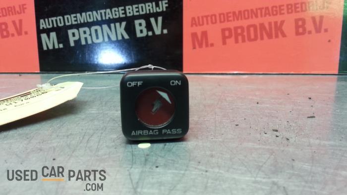 Airbag Slot - Peugeot 206 - O39678
