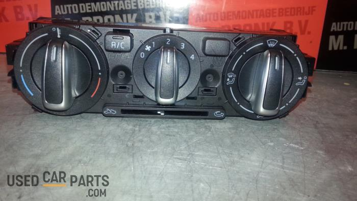 Kachel Bedieningspaneel - Volkswagen UP - O31694