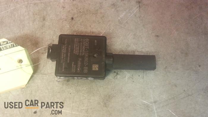 Centrale Deurvergrendelings Module - Ford C-Max - O26385