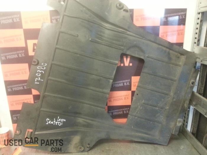 Engine protection panel - Seat Leon - O43200
