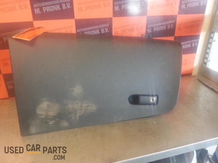 Dashboardkastje - Mercedes Vito - O30551