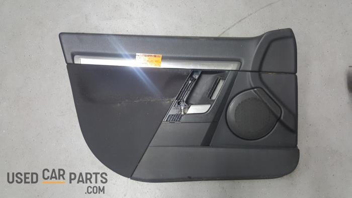 Portierbekleding 4Deurs links-voor - Opel Vectra - O24056