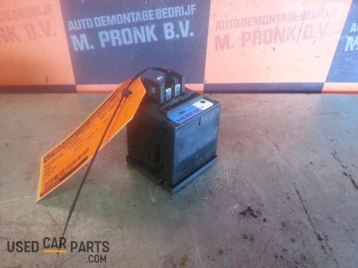 Paniekverlichtings Schakelaar - Opel Meriva - O32394