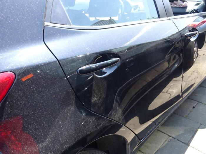 Gebruikte Mazda 2 Deur 4deurs Rechts Achter Kleurcode E13 Bongers