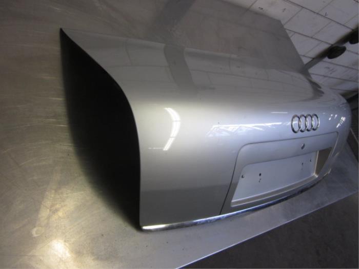 Achterklep van een Audi A6 Quattro (C5) 2.5 TDI V6 24V 2003