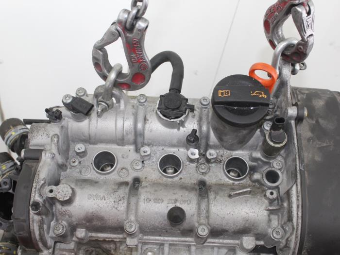 Motor Volkswagen UP  CHY,CHYCHYB 6