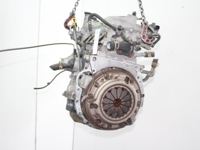 Motor Mazda 2.  ZJ 5