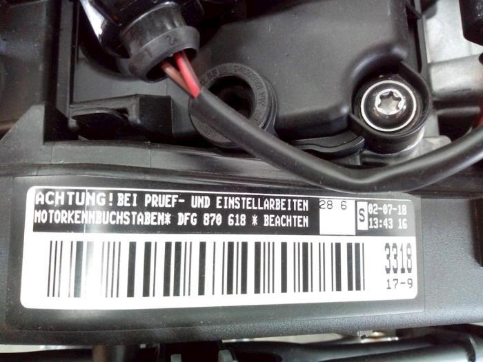 Motor Volkswagen Touran 04L130755E, 04L253010T, 5Q0131705AQ, 04L131670K, DFG870618 7