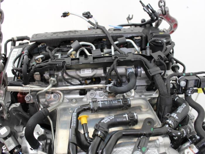 Motor Volkswagen Touran 04L130755E 6
