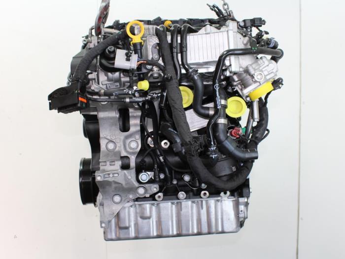Motor Volkswagen Touran 04L130755E 3