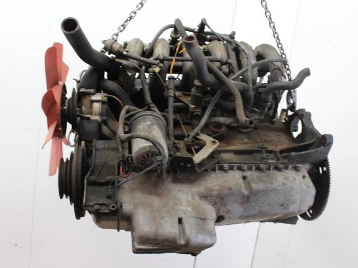 Motor BMW 6-Serie  M30B32 3
