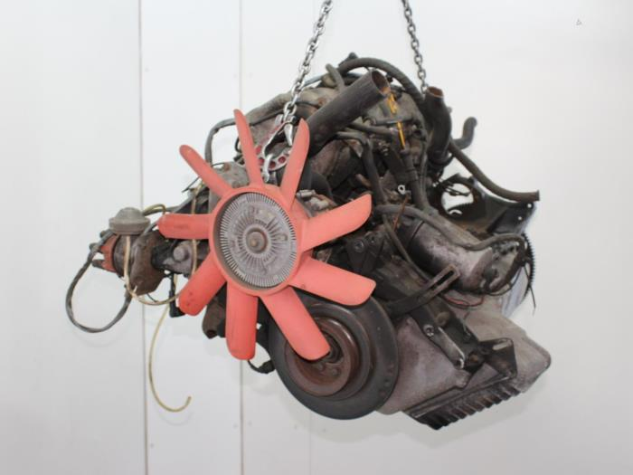 Motor BMW 6-Serie  M30B32 1