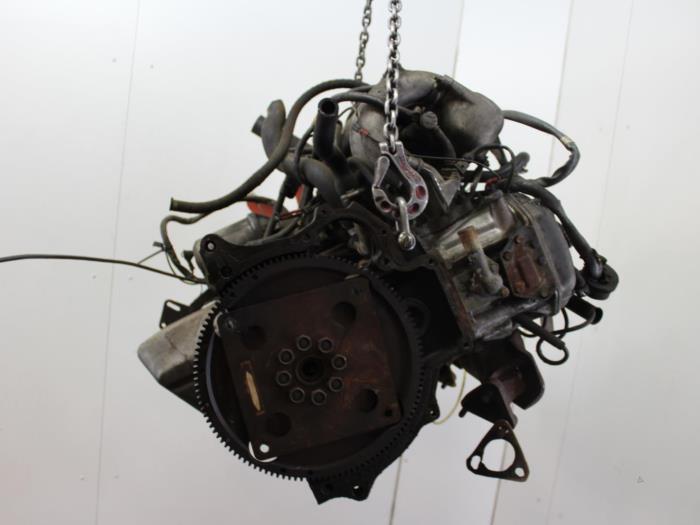 Motor BMW 6-Serie  M30B32 6
