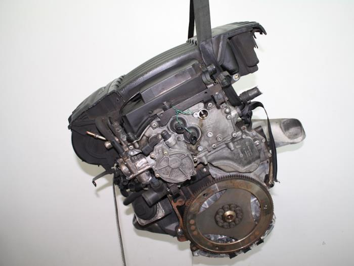 Motor Porsche Cayenne  M5502 3