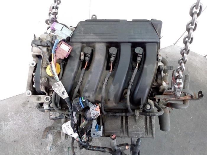 Motor Renault Laguna  F4P 8