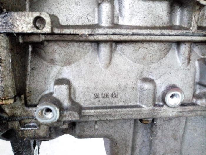 Motor Saab 9-3 90537806 B207L 8