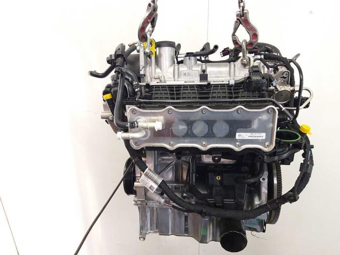 Motor Volkswagen Golf 04E199275, CYVA637154, 04E145749F, 03F105269, 04E103729, 04E972627EF 1